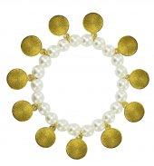 Immagine di 'Braccialetto perla bianca con santi'