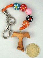Immagine di 'Portachiavi in legno multicolor e croce tau'