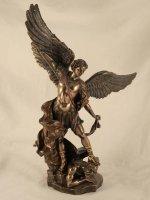 Statua Arcangelo San Michele in resina bronzata