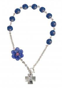 Copertina di 'Braccialetto con grani a forma di roselline in vetro blu mm 6,5 e argento 925'